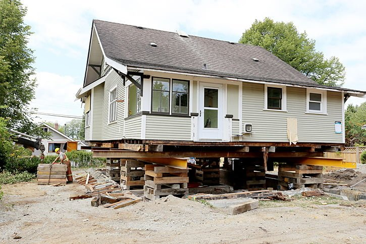 HAMMOND'S WHITEHEAD HOUSE RISES UP