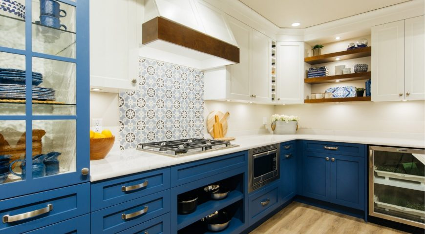 KITCHEN RENOVATION AND WHY YOU SHOULD HIRE A CONTRACTOR